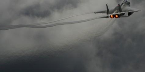Photo of the Week – F-15 Eagle Vapor Trails