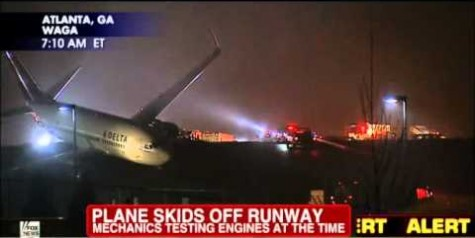 Delta 737 Rolls Off Runway in Atlanta