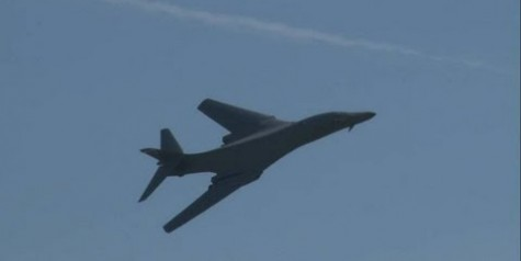 HD Video – 2012 Lakehurst Airshow Rockwell B-1B Lancer