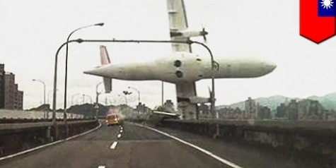 Video – Transasia ATR72 Crash at Taipei