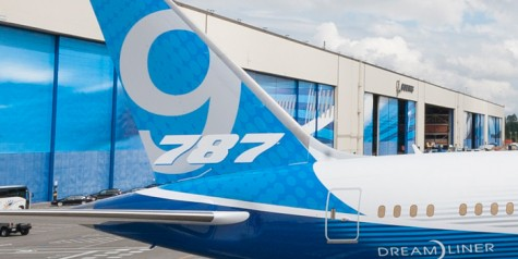 Roll Out of First 787-9 Dreamliner (Pics)