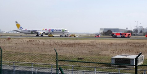 Photos – Condor Boeing 757 Aborted Takeoff FRA