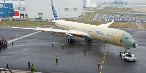 Photos – First A350 XWB Roll Out for Outdoor Testing