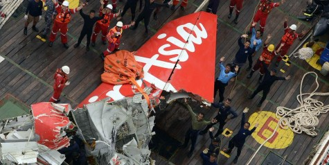 AirAsia QZ8501 Tail Recovered (Photos)