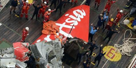 AirAsia QZ8501 Tail Recovered (Photos)