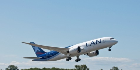 Delivery – First Boeing 787 for LAN