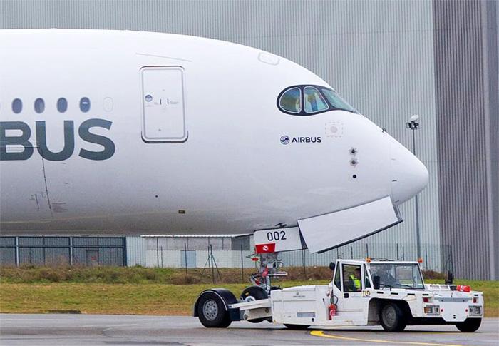 Airbus A350 XWB MSN2 Carbon Livery
