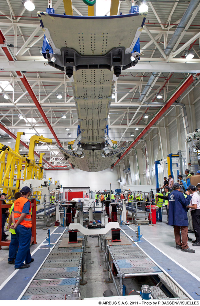 Photos Airbus A350 Xwb First Components Delivered To