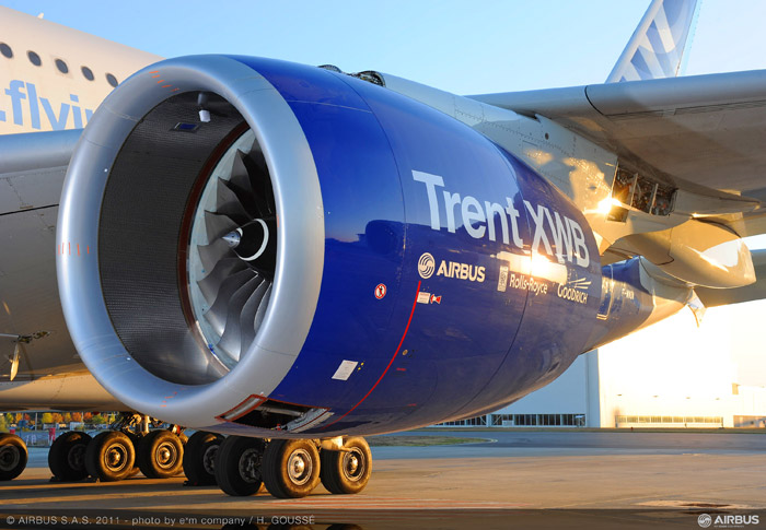 Airbus A350 XWB Engine mounted on A380 testbed