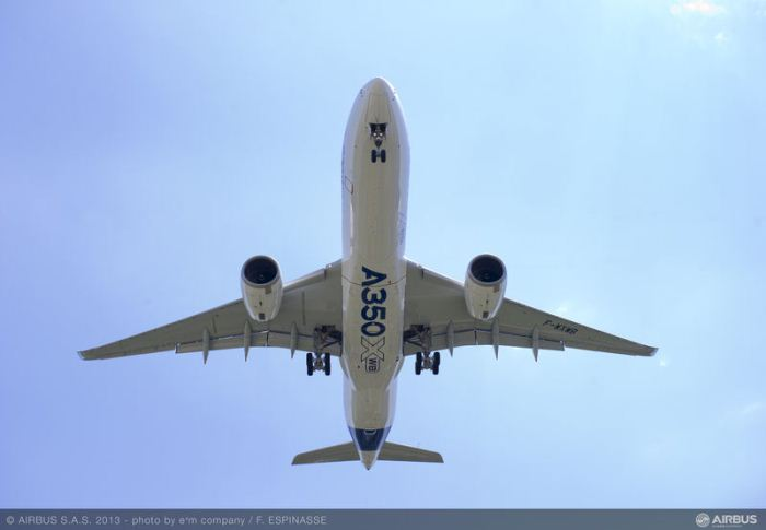 A350_XWB_in_flight