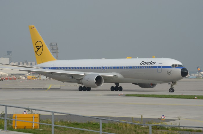 Condor Boeing 767 with retro livery