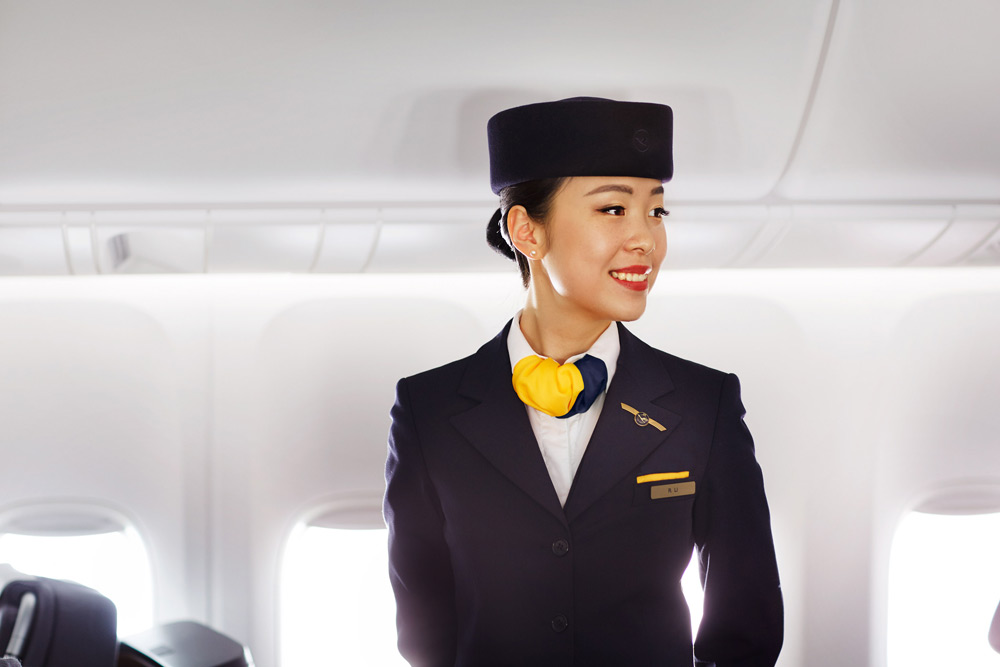 Lufthansa-Flight-Attendant