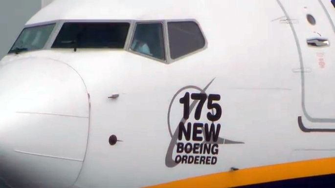 Ryanair orders 175 Next-Generation Boeing 737-800