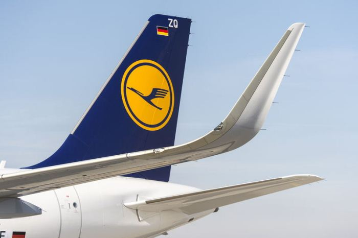 Sharklets on Lufthansa Airbus A320