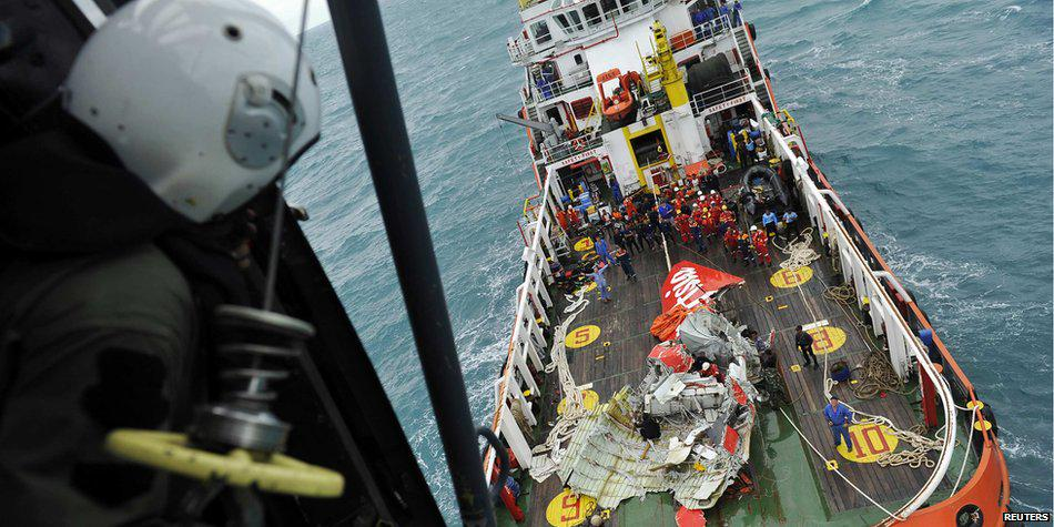 airasia-QZ8501-tail-recovered
