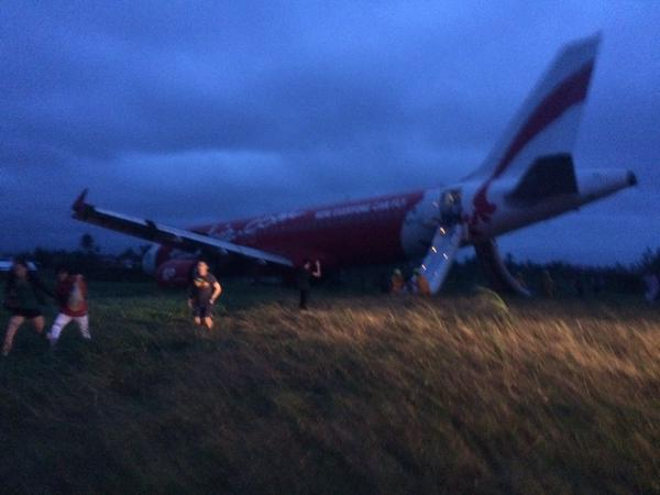 airasia-Z2272-runway-excursion