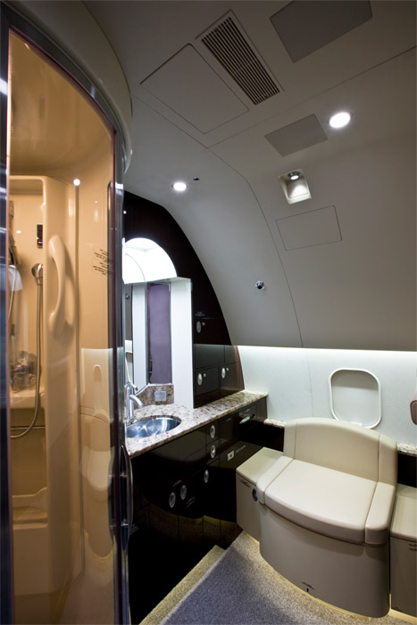 Boeing Business Jet Cabin Shower
