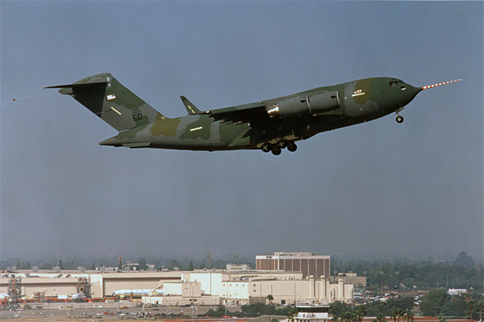 Boeing C-17 t-1 first take-off 1991