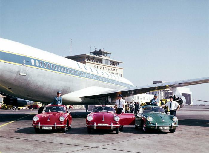 Historical Lufthansa Boeing 707 with Porsche Cars