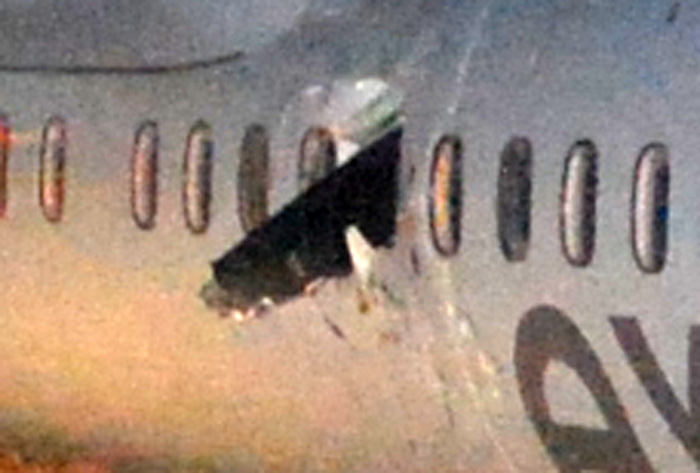 Air Canada Bombardier Q400 Propeller smashed through window
